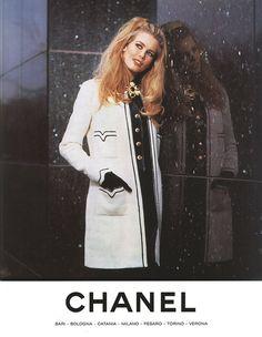 Chanel Ad Claudia Schiffer Vintage