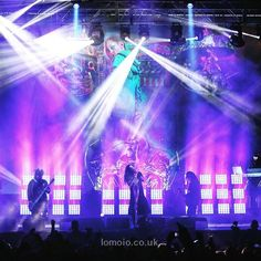Download every Korn track @ http://www.iomoio.co.uk
