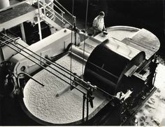 1937: A beater for pulp at Kodak Park used as part of the paper-making process.