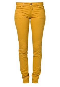 SKINNY NYNNE - Slim fit jeans - Goud