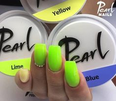 Nyári színek színezett építő zselével Kovács Tímea Vivientől. /Summer colours with coloured builder gels by Tímea Vivien Kovács. Pearl Nails, Lime, Limes, Key Lime