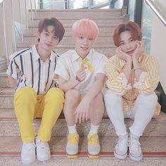 May 2019 - jeonghan's bob was a godsend. See more ideas about Seventeen, Jeonghan and Mingyu. Dino Seventeen, Carat Seventeen, Seventeen Wonwoo, Seungkwan, Mingyu, Vernon Chwe, Seventeen Performance Team, Seventeen Wallpapers, Kpop