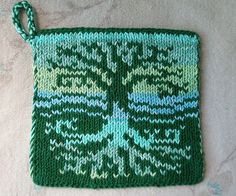 Tree of Life Pot Holder pattern by Sue Gregori This is a pattern for a Tree of Life designed double knit potholder. The double knitting creates a double thick fabric which is good for protecting hands and counters. Potholder Patterns, Dishcloth Knitting Patterns, Knit Dishcloth, Loom Patterns, Loom Knitting, Cross Stitch Patterns, Knitting Ideas, Crochet Kitchen, Knitting Accessories