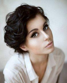 Short Wavy Hair For Women - Short Hairstyles Cuts