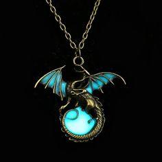 Game of Thrones Targaryen Dragon Glow in the Dark Necklace