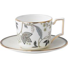 WEDGWOOD Pashmina teacup (645 ZAR) ❤ liked on Polyvore featuring home, kitchen & dining, drinkware, floral tea cups, wedgwood teacup, wedgwood tea cup and wedgwood