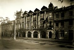 Edificios aniquilados en la Avenida de Cánovas del Castillo. Esta Avenida, fue completamente arrasada. No quedó títere con cabeza...