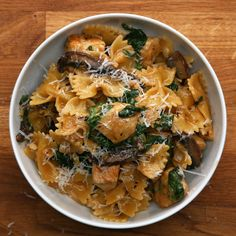 One-Pot Chicken And Mushroom Pasta by Tasty