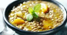 Μήπως σας «φουσκώνουν» τα όσπρια όταν τα τρώτε Lentil Vegetable Soup, Kale Soup, Lentil Stew, Vegetable Soup Recipes, Vegetarian Recipes, Chickpea Soup, Sweet Sour Chicken, Sweet Potato Soup, Organic Dinner Recipes