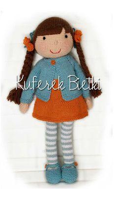 Kuferek Bietki: Lola - lalka na szydełku / Lola, Gehäkelte Puppe