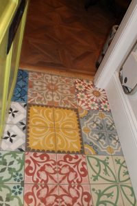 Moroccan tiles at doorway - Since my laundry room is also the mud room, I think these would be really fun. Moroccan Tiles Kitchen, Kitchen Tiles, Kitchen Flooring, Kitchen Decor, Tiled Hallway, Pantry Laundry Room, Open Plan Kitchen Living Room, Kitchen Cabinet Styles, Moroccan Decor