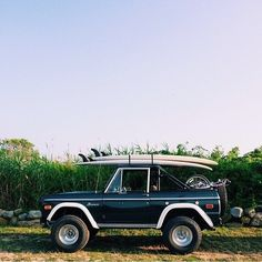 Ford Bronco- Surf boards-The dream Jeep Wagoneer, Ford Lincoln Mercury, Bugatti, Maserati, Ford Bronco, Bronco Car, Ford Motor Company, Rat Rods, Classic Trucks