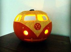Halloween is going to be here soon and this is something that you must learn – to make your very own Jack O' Lantern! How can you ever have a Halloween without making such a carving?...