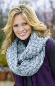 Free Knitting patterns for infinity scarf.