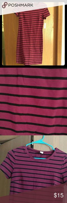 Dress Short sleeve dress, form flattering. Magenta with black horizontal stripes. New, never worn with tags. Old Navy Dresses