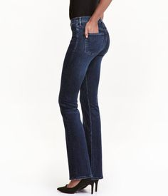 Dark denim blue. Shaping. 5-pocket, bootcut jeans in washed denim with technical stretch to trim and shape tummy, thighs, and seat, while jeans retain their