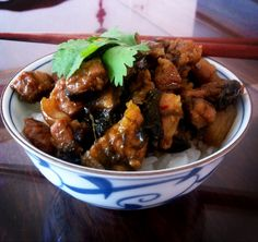 Red-cooked pork belly over rice: classic #Taiwanese dish.
