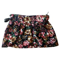 Navy + floral pleated purse $22 Fabric Bags, Bag Making, Boho Shorts, Vintage Fashion, Purses, Navy, Floral, Skirts, How To Make