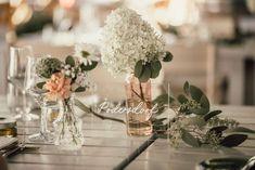 Acryl Tischnummern: Hochzeitswochenende im Burgenland #acrylschilder #hochzeit Events, Table Decorations, Home Decor, Marriage Anniversary, Newlyweds, Getting Married, Decoration Home, Room Decor, Home Interior Design