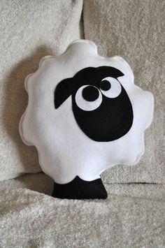 Vivero decoración contar la ovejas de peluche gris por bedbuggs