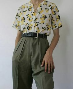 Best Vintage Outfits Part 19 Aesthetic Fashion, Look Fashion, 90s Fashion, Aesthetic Clothes, Korean Fashion, Fashion Outfits, Woman Outfits, Retro Outfits, Mode Outfits