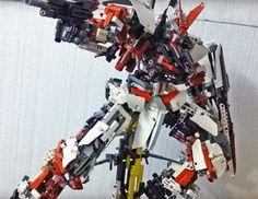 POINTNET.COM.HK - 有片!!! 超可動 Lego 版 Gundam Astray Red Frame