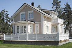 KANNUSTALO - Mallistot - Asiakasvalokuvia Entry Stairs, Cabin Interiors, Scandinavian Home, Home Fashion, House Goals, Plan Design, Villa, House Front, Wonderful Places