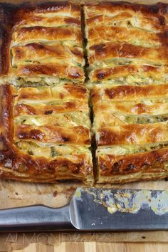 Chicken, Leek & Brie Pie...I'm totally making this for dinner tonight!!!