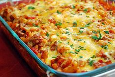 This chili & cheese macaroni looks delish!