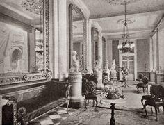 Grandes casas de México.vieja casa De la Hidalga se le había añadido un piso más a fin de alojar a los Marqueses de Salvatierra y Peralta