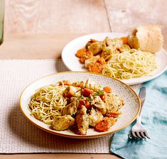Combine carrots, chicken, and pasta for a light weeknight dinner that's ready in less than 30 minutes. Pasta Dishes, Food Dishes, Parmesan Noodles, Cooking Recipes, Healthy Recipes, Healthy Meals, Pasta Recipes, Main Dish Salads, Main Dishes