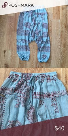 Sale!!🌴 Cutest Harem pant made in Nepal 100% cotton excellent condition, never worn. No label I bought at a boutique Free People Pants