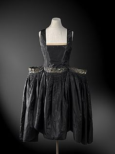 Robe de Style (image 1) | Jeanne Lanvin | France | 1927 | silk, sequins | National Gallery, Australia | Accession #: NGA 92.1585