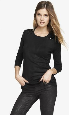 JEWELED SHOULDER RELAXED TUNIC SWEATER | Express