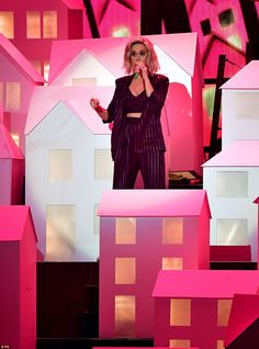 Katy Perry puts on a showstopping BRITs performance with Skip Marley #dailymail
