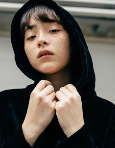 Aesthetic Women, Aesthetic People, Human Reference, Visual Aesthetics, Ulzzang, Facial, Poses, Japanese Models, Portraits