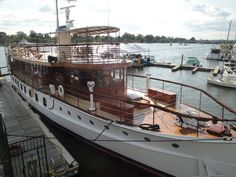 Pin by Margaret Koglin on Michigan Motor Cruiser, Living On A Boat, Boat Insurance, Cabin Cruiser, Classic Yachts, Vintage Boats, Old Boats, Boat Stuff, Super Yachts