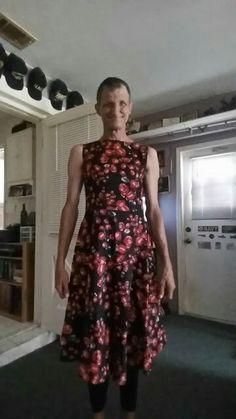 A rose dress with petticoat Dress Skirt, Dress Up, Feminine Dress, Everyday Dresses, Rose Dress, Men Looks, My Outfit, Men Dress, Looks Great