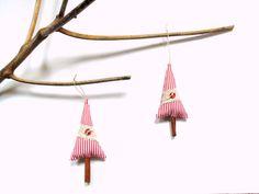 Cinnamon stick Christmas tree ornament  #teachergift #cinnamontree by NancyEllenStudios