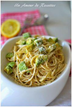Un Amour de Recettes: Spaghettis à l'avocat, au yaourt et au citron