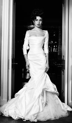Italian bridal designer Angelina Colarusso is renowned for her distinctive dramatic style, sensuous show-stopping gowns and exquisite couture details, take a look at these gorgeous wedding dresses from her latest collection, happy pinning! Dream Wedding Dresses, Designer Wedding Dresses, Bridal Dresses, Pretty Dresses, Beautiful Dresses, Dress Vestidos, Maxi Robes, Mod Wedding, Edgy Wedding