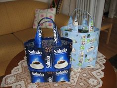Kahvipussit uuteen muotoon - Varrelta virran - Vuodatus.net Viria, Paper Shopping Bag, Decor, Recycling, Dekoration, Decoration
