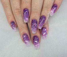 Nails purple Trendy Nails Purple Glitter Fun Ideas Unhas na moda Glitter roxo Idéias divertidas Purple Glitter Nails, Sparkle Nails, Pink Nails, New Nail Designs, Nail Designs Spring, Trendy Nails, Cute Nails, Gel Nagel Design, Dipped Nails