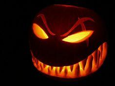 halloween-kürbisse-böses-gesicht
