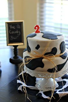 Do one layer in cow print for milk and cookies party??