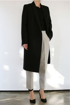 black top w/ stone colored trousers + black pumps for work | Skirt the Ceiling | skirttheceiling.com