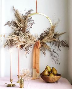 minimalistischer Herbstkranz, #Herbstkranz #Minimalistischer Diy Fall Wreath, Autumn Wreaths, Holiday Wreaths, Christmas Decorations, Holiday Decor, Spring Wreaths, Summer Wreath, Dried Flower Wreaths, Dried Flowers