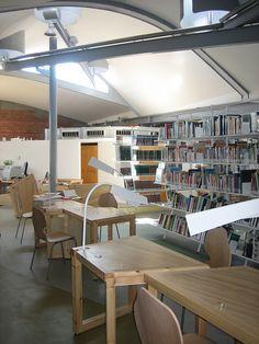 PALAFOLLS Biblioteca Enric Miralles