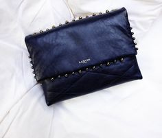 For the IT bag of the season look no further than Lanvin's Sugar Pearl.