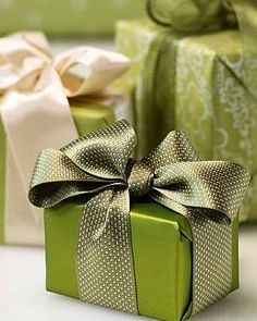 "Christmas Gift Wrapping ""♥ """